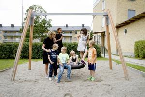 Kerstin Tegeback, Liam Åström, Isabelle Grundberg, Harry Eriksson, Alice Engberg, Sabina Gutic, och Isaac Bengtsson på Heliås.