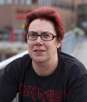 Susanna Norgren, Sundsvall:   – Kan du lova att satsa på replokaler för ungdomar?