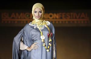 Unga hijabistas utmanar traditionella föreställningar om slöjan.