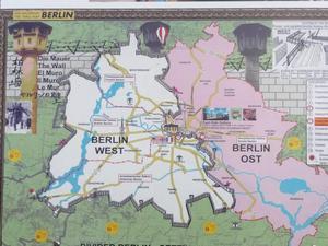 Kalla kriget delade Tyskland och Europa. Västberlin låg som en isolerad ö i Östtyskland.