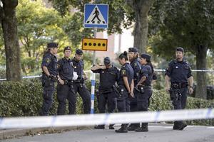 Enligt Polisförbundet lämnar tre poliser per dag yrket just nu.