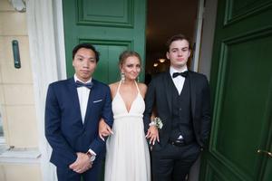 Victor Ho, Julia Persson och Emil Engman.