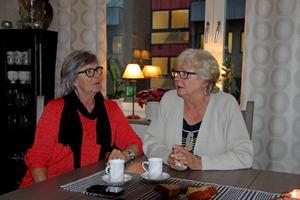 Inga-Lill Carlsson hittade väninnan Ulla Wallin i hjälplöst tillstånd morgonen efter den avbrutna sjukresan.