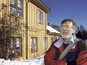 Ingvar Henricson var hängiven sjöfartsforskare, författare, Gävleprofil och kulturpristagare. Hans bok om ångbåtar ges ut postumt.