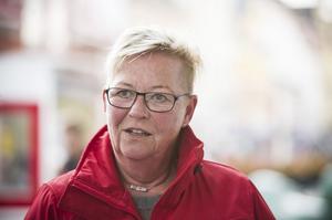 Monika Sjögren, Örnsköldsvik:– Då ser jag naturligtvis en hockeymatch, antingen live eller på teve. Sedan blir det en del pyssel – och lite godare mat än på vardagarna.