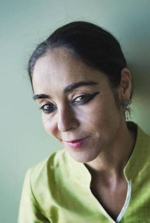 Stark konstnär. Shirin Neshat är född i Iran men flyttade till Los Angeles som 17-åring.