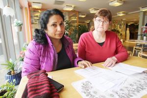 Chandani Stener och Eivor Persson, skyddsombud på Svegsmon, har vänt sig till Arbetsmiljöverket för att få en bättre arbetsmiljö i kylrummet. Nu är den under all kritik, enligt en 66a-anmälan.