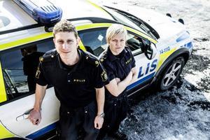 Johan Sangby och Louise Gunnarsson, vid Östersundspolisen, jobbar med dopingfrågor.