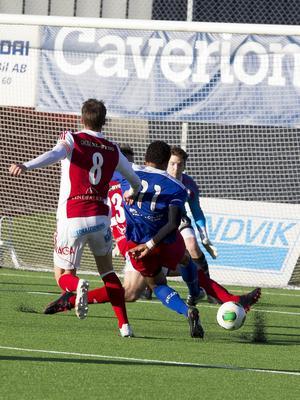 Borta mot Sandviken gjorde HFF-forwarden Nick Scharkowski säsongens första seriemål. Han svarade för en bra match över huvudtaget och formen verkar på uppåtgående.