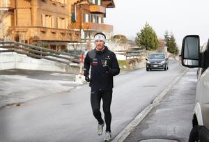 En joggingtur mjukar upp inför tävlingsdag.