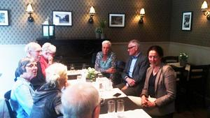 Lotta Olsson (M) deltog på Moderaternas möte i Kopparberg i måndags kväll.