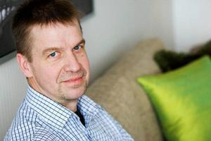 Enligt Bengt Rådman, Östersundsbostäders vd, ligger snitthyran för de nyproducerade lägenheterna på Valhall på 1400 kronor per kvadratmeter och år. Visningslägenheten är en trea på 74,6 kvadrat med hyran 8535 kronor.Foto: Ulrika Andersson