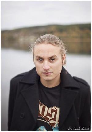 Rasmus Harnesk Wiklund, Musikhusets vice ordförande, uppmanar musiker att söka till Rockforum.