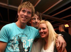 Blue Moon Bar. Jesper, Knut och Erika