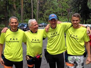 Från vänster Robert, Rolf, Martin och Sebastian. Alla med efternamnet Råsbo och alla pistolskyttar. Foto: Privat