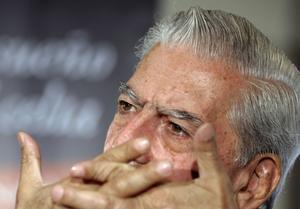 Stjärnförfattare. Tusentals ville in på Bokmässan för att lyssna till Mario Vargas Llosa.