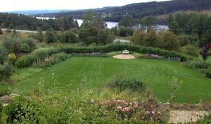 Utsikten över Bodsjön från Christines altan är inte fy skam.