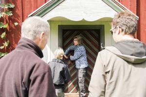 Stephanie Kristofers visade forskarna in till herrstugan.