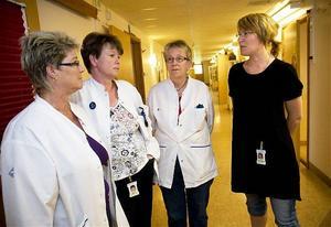 De strejkande sköterskorna Aina Jonsson, Annika Pettersson, Eva Altin och Anna Wennström är tillbaka i de vanliga rutinerna när det nya vårdavtalet är påskrivet.