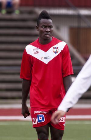 ... och klubbkompisen i Härnösands FF, Sam Johnson.