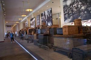 Amerikakoffertar på Ellis Island-museet.