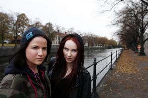 Hannah Malmström och Klara Ekman vill att samhället ska bli mer jämställt.