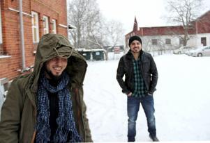 Salah och Azad Nassan är lyckliga över att vara i säkerhet i Kungsgården efter kriget och flykten från Syrien.