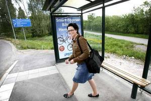 Jessica Hammerin Nordin från Sandviken tycker inte pendlingsavståndet till Gävle är något problem.– Förut pendlade jag till Hudiksvall. Då svor jag en del för tågen var ofta försenade. Nu tar det inte mer än 30 minuter från dörr till dörr, säger hon.
