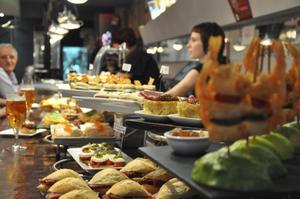 På Kasko i Bilbao servereras det utsökta pitxos.