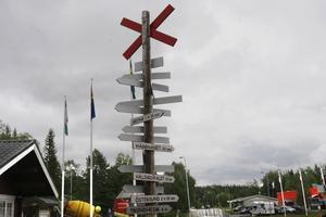 Gäddede ligger fem kilometer från norska gränsen och många av turisterna är norrmän. På den norska sidan har även Lierne och Røyrvik infört en form av turistavgift.