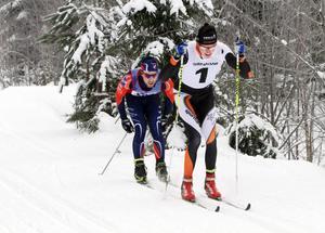 Etta på tröjan, etta i mål och etta i totaltävlingen – Kalle Gräfnings vann i Harsa före Tom Ankerstål.
