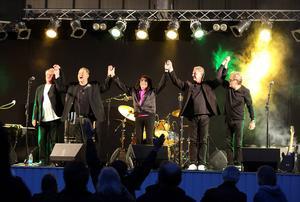 Bandet består idag av: Svenne Hedlund (sång), Bengan Arenblad (keyboard), Joffe Enbom (bas), Totte Päivärinta (trummor), Todde Stoor (gitarr)