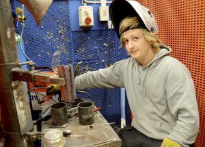 Erik Hermansson har sökt sig till olika praktikplatser för att bredda sin erfarenhet.