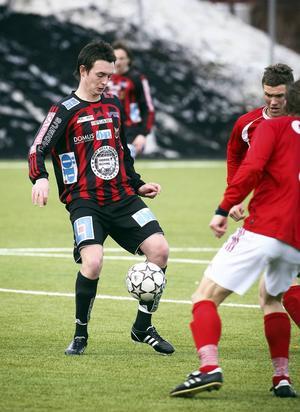 8. Daryl Smylie   Hetlevrad nordirländare som varvade skönspel med röda kort i ÖFK 2007-2008. Gick via Ljungskile och allsvenska Kalmar FF till Jönköpings Södra där han mognat fram som en av Superettans absolut bästa spelare (32 mål sedan 2012). Nu på god väg att som en av stöttespelarna föra upp serieledande J-Södra till Allsvenskan.