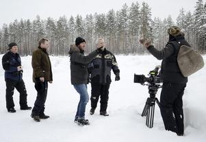 Testar. Regissör Barry Egan diskuterar filmningen. Med är Mikael Andersson, Mats Holmstrand och Mikael Vuorijärvi.