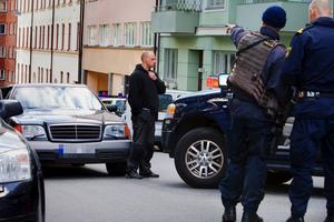 Den här bepansrade Mercedesen sägs Gudfadern ha suttit i upprepade gånger vid poliskontroller. Här syns den utanför säkerhetssalen i Stockholm i september 2010.
