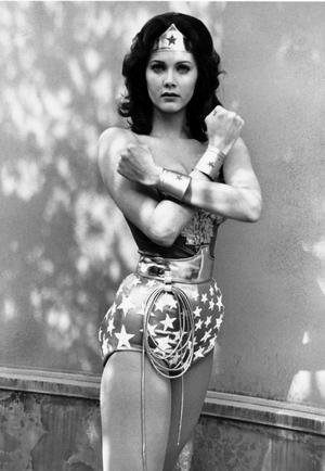 Skönhetsdrottningen Lynda Carter spelade Wonder Woman i serien med samma namn under 1970-talet.