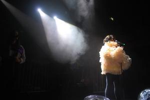 Min Stora Show. Arbetarbladet följde Min Stora Sorg på hennes största show någonsin, på Berns i Stockholm.