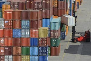 Det tydligaste tecknet på att det går åt rätt håll: fulla containrar!