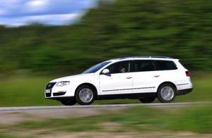 VW Passat Variant Ecofuel är en välbyggd gasbil med tankarna dolda under golvet. Bensintanken är dock bara på nio liter. Foto: Stefan Nilsson