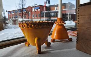 Keramiken är skapad av Lotta Ståls hand.