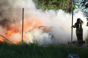 Fem bilar brann tidigt i morse.