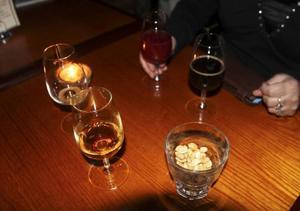 Lördagen var de små smakprovarglasens afton i Östersund.