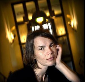 Anna Järvinen blir ett av dragarnamnen till sommarens festival i Rengsjö.