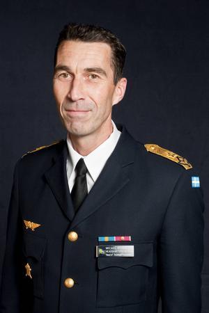 Generalmajor Micael Bydén, uppvuxen i Gnarp och som tjänstgjort på Söderhamns flygflottilj.
