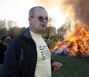 ARRANGÖR. Esef Hodovic är ordförande i Sätras lokala demokratiförening Öppet Forum som är huvudarrangör för valborgsmässofirandet på Sätraängarna.