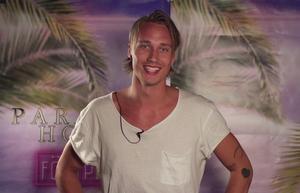 Hampus Marcussen från Hudiksvall medverkar i uttagningen till dokusåpan Paradise Hotel.