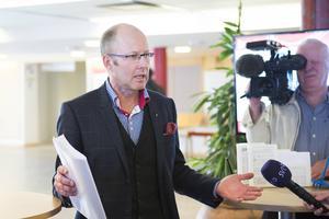 Mats-Johan Adner (M) hade det yttersta politiska ansvaret för verksamheten som ordförande i bolagsstyrelsen.