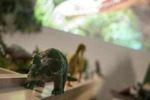 I ett av rummen har barnen fått fixa en egen utställning om dinosaurier.