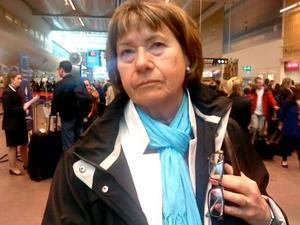 Eva Mårtensson från Arbrå var en av många som fick vända hem från Arlanda i går då flygningarna ställdes in på grund av det isländska vulkanutbrottet. Födelsedagsresan till London får nu bli en annan gång.